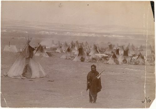 Remembering #tdih 124 years ago, December 29, 1890, the Wounded Knee Massacre in South Dakota http://t.co/9E8CQfK6NK http://t.co/EFC6xH1teZ