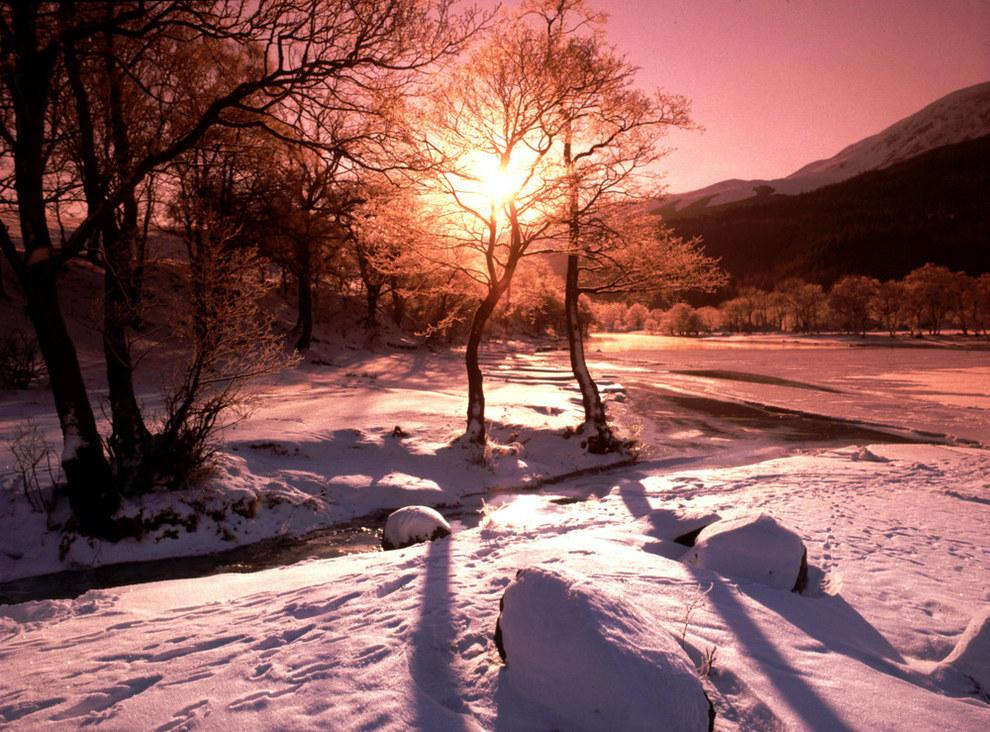 48 Photos That Prove That Scotland In Winter Is Basically Narnia: http://t.co/R76Y5km3xZ http://t.co/MlKUVuS85r