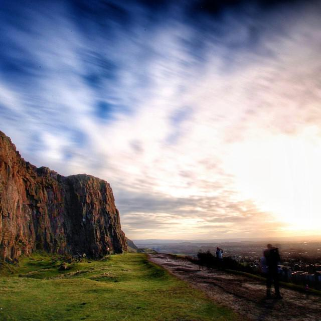 Up on the crags above Edinburgh with pro photographer @squarescapes_f22 today. Gorgeous day :D #blogmanay http://t.co/NvnIZ2g6Kk