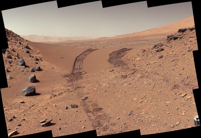 """At the Edge of the Cosmic Ocean"" --Human Tracks on Mars (Best of 2014) http://t.co/kRrdySFeTz http://t.co/knH4lxVwOt"
