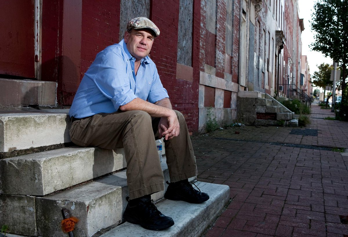 David Simon on #TheWire and why he did what he did: http://t.co/MriqtPZaWQ http://t.co/5MD5sY9bBh