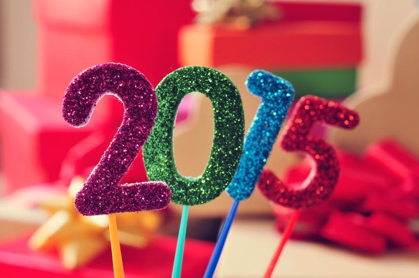 Skyrock ✏️ (@SkyrockOfficiel): Toute l'Equipe de http://t.co/rv1wC4tFCe te souhaite une bonne année 2015. #HappyNewYear #2015 #NouvelleAnnée http://t.co/bFMATxw5mR