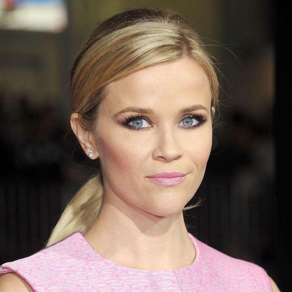 We Love How Reese Witherspoon Paired Her Edgy Eye Makeup With A Soft