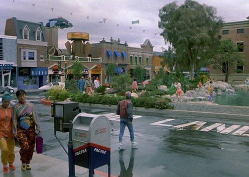 Prepare yourself for the new year by reading about 2015 in the Back To The Future Wiki. http://t.co/b1bqU0NIBy http://t.co/Ptd7RyEd8r