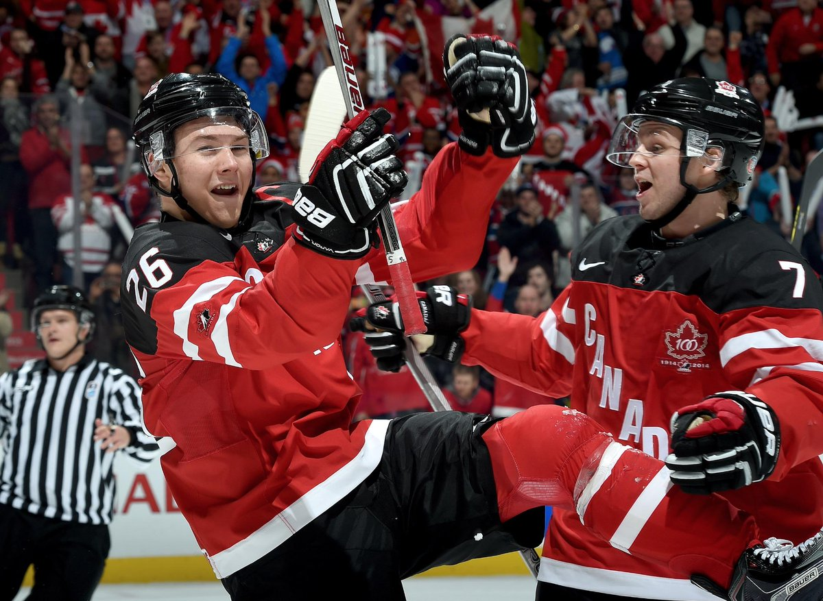 That #CANvsUSA game just now might have been one of the best hockey games I've ever seen. #TeamCanada wins 5-3!  http://t.co/ZRuxwxqggN
