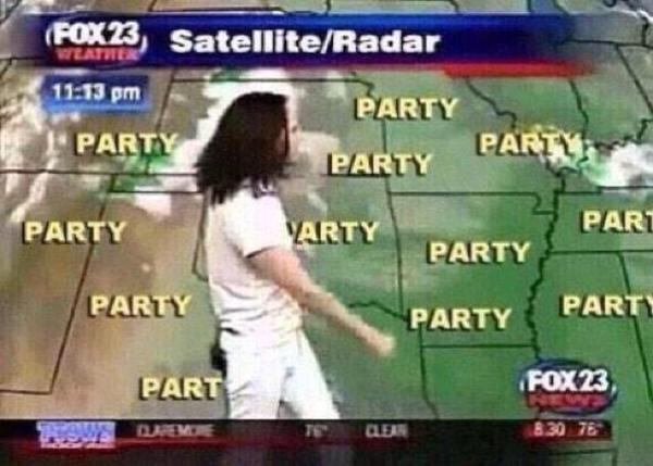 Today's forecast....see ya in 2015. http://t.co/tbLXbv3Z4g