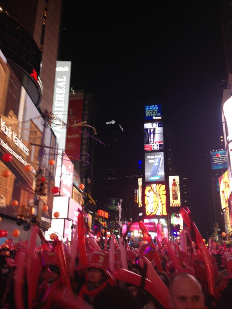 Times Square. 100% http://t.co/UrrFfsdApT