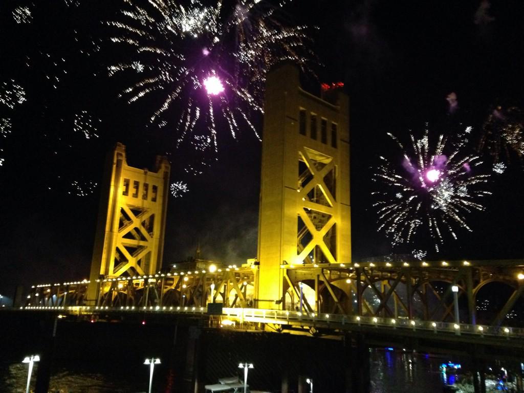 Happy New Year, Sacramento! http://t.co/pmurprMvU6