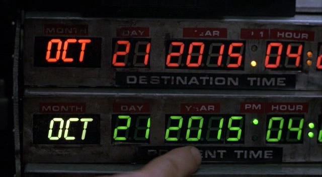 블레이드 러너가 활개를 펼치게 될 2019년은 겨우 4년, 터미네이터 T800이 1984년으로 보내질 2029년은 14년 남았다. 그리고 우린 백투더퓨처2에서 마티가 날라온 해를 맞았다. http://t.co/JJfina5mx1