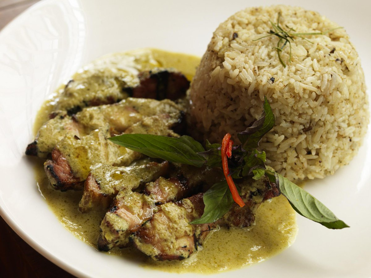 Pay using Busaba's app in January to enjoy 50% off the food bill. The Green curry fried rice can be yours for £4.95. http://t.co/deI4ZN0ZyC