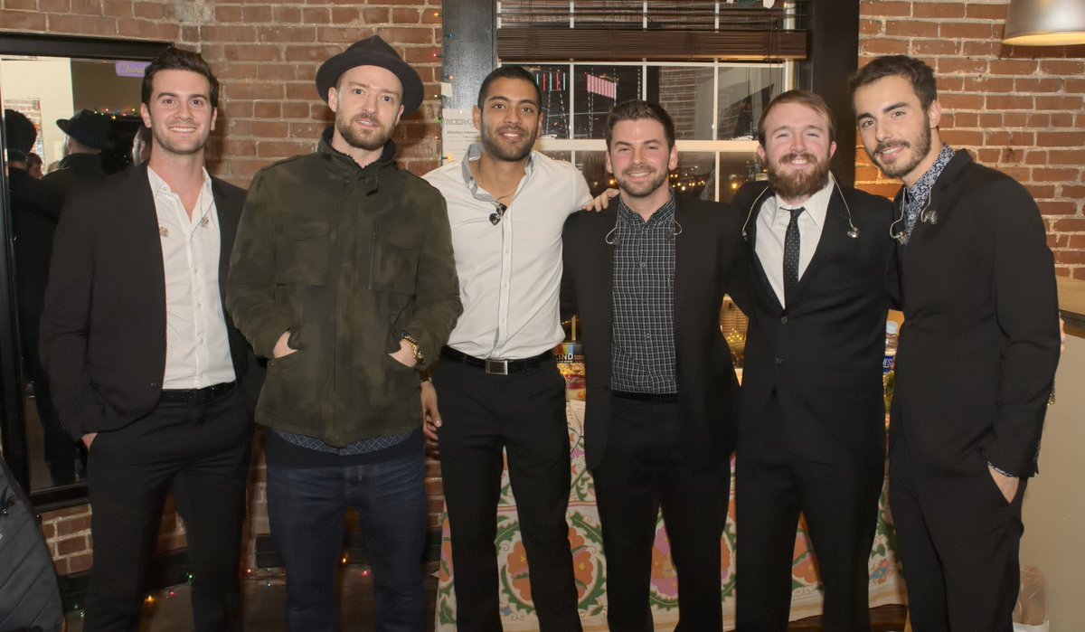 We capped off 2014 with a visit from this guy at our sold out show in #Nashville. Here's to a big 2015! @jtimberlake http://t.co/VIIw8yPUs9