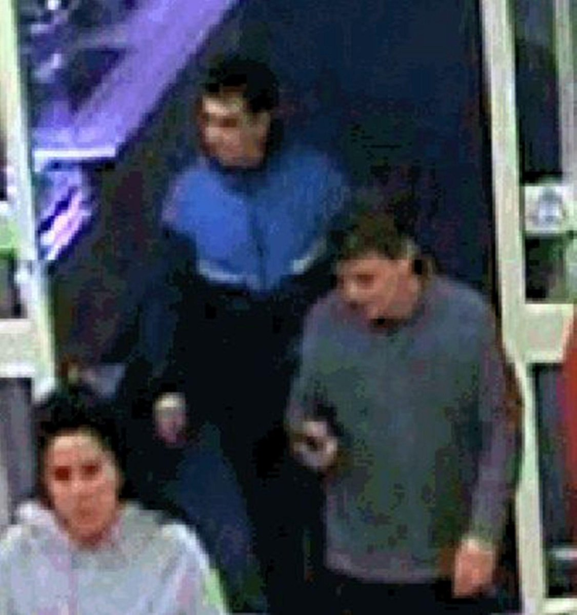 Utter scum @brightonargus Trio hunted after 88-year-old with Alzheimer's has cash card stolen: http://t.co/drjZUBTuPt http://t.co/7b50HJ9aAn