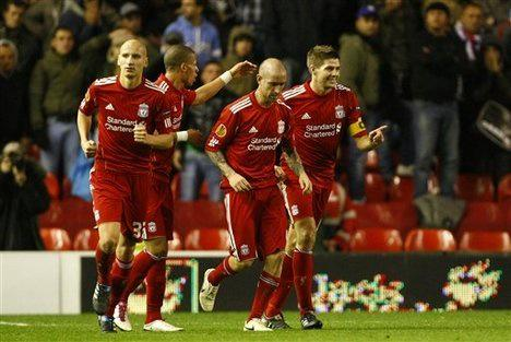 what a #legend what a honour to have played along side him #StevenGerrard  will be truly missed at @LFC #YNWA http://t.co/vl7Li8TVS1