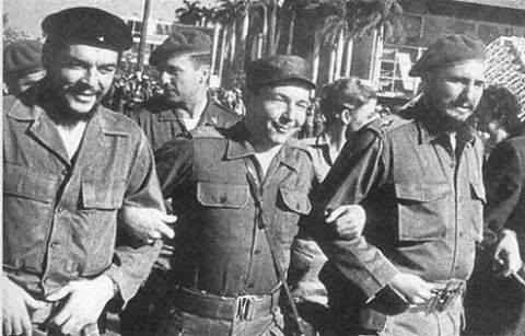 Resultado de imagen de raúl castro llora la muerte de Fidel