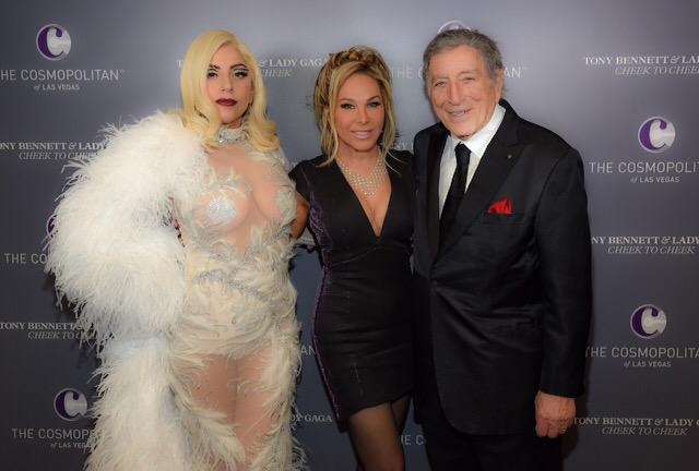 Amazing night with two legends @ladygaga #TonyBennett http://t.co/9Y7y7hgHOL