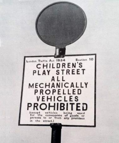 This looks like a good sign. Whatever happened to the London Traffic Act 1934? [From the Municipal Dreams blog] http://t.co/WLbd27fOrs