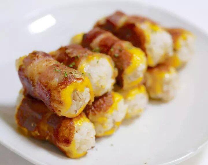 베이컨치즈말이밥 먹고싶당. http://t.co/CnYK0PbUmA