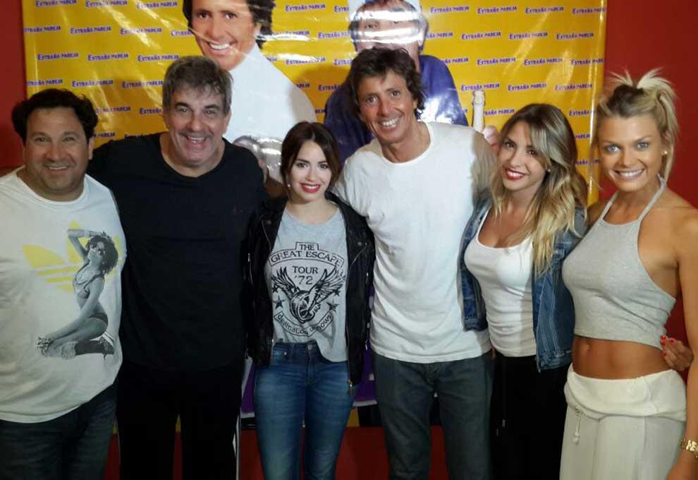 Exitoina (@exitoina): Lali Espósito visitó al elenco de