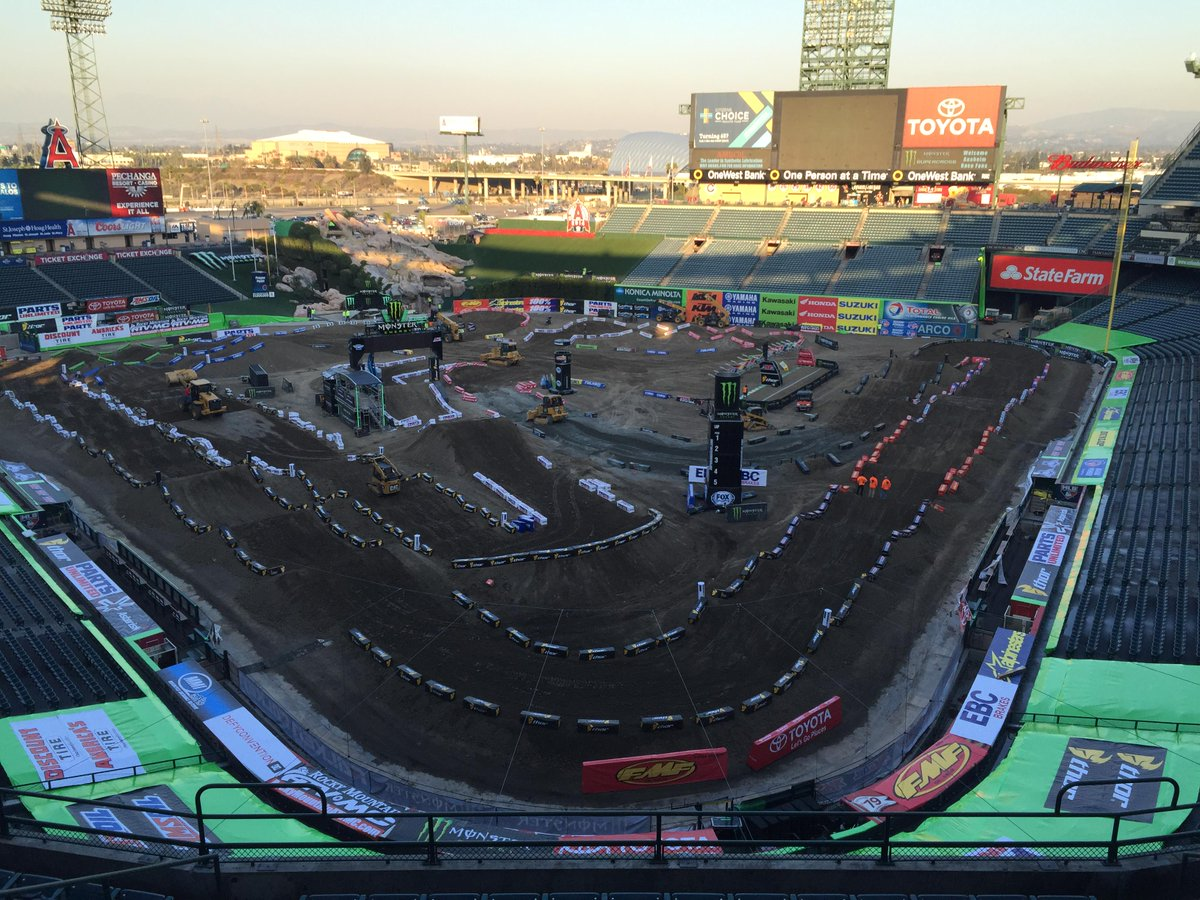 Who is ready from the opener from Anaheim? #WhosNext #SXonFOX http://t.co/8p6cITKWZA