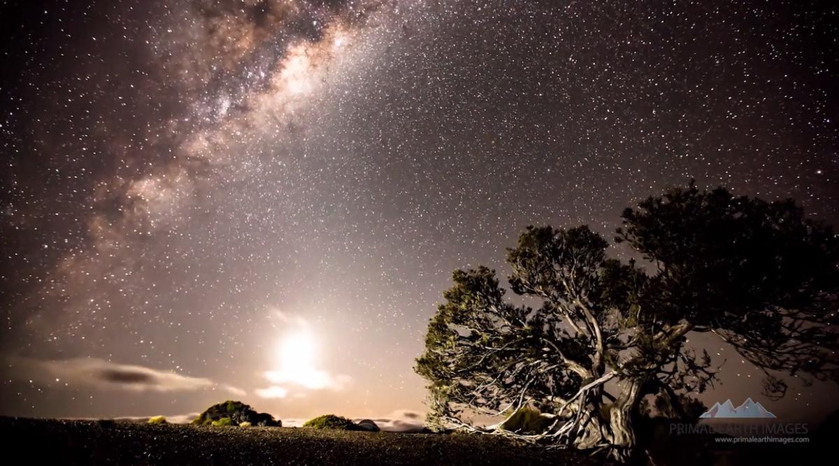 Beautiful New Zealand landscape timelapse video.