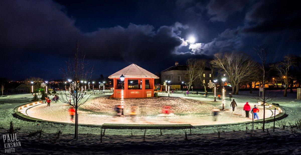 Amazing evening at the Loop #yyt #newfoundland @CityofStJohns http://t.co/qKcVAv3YYR