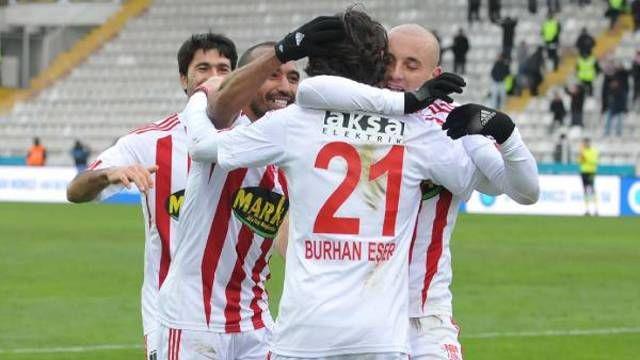 Sivasspor çok rahat http://t.co/pw7HWNfqDc http://t.co/LGnynsZS5L