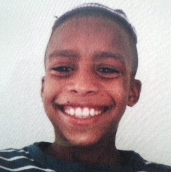 נמשכים החיפושים אחר בן ה-10 שנעדר מאז אתמול בחוף ירושלים בבת ים. כל היודע דבר על מקום הימצאו מתבקש להתקשר למוקד 100 http://t.co/cVdE8K51qC