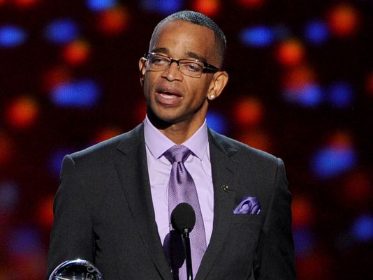 "Stuart Scott: ""When you die, it does not mean that you lose to cancer. You beat cancer by how you live."" http://t.co/cujzLMRIgW #RIP"