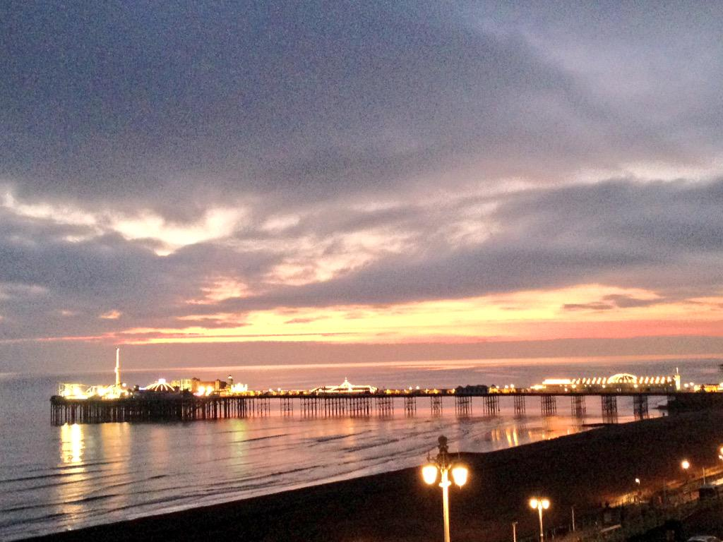 We really have some impressive sunsets this winter #Brighton @BrightonPier http://t.co/DWic7s1LRY