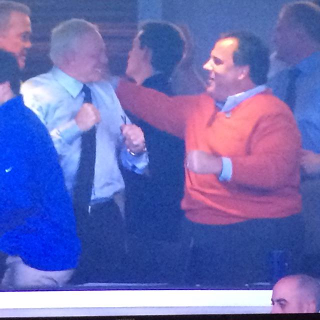 """""""@ViolationsGreg: A true man of the people. New Jersey...your Governor. #SportsFraud #Violation. http://t.co/2RsOdSonvn"""" #ThisDude #FatAss"""
