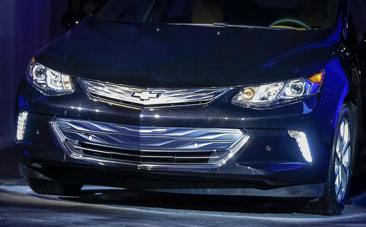 We're so excited about #NextGenVolt we brought it out early at #CES2015! Full details on 1/12 at #NAIAS. http://t.co/hPCbTFGSV4