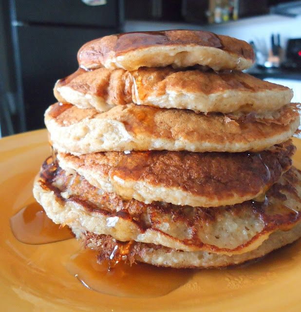 Smug is: managing to make #vegan banana pancakes before 8am on a Monday. 💗💗💗 #2015baby http://t.co/WwkOe7wW7K