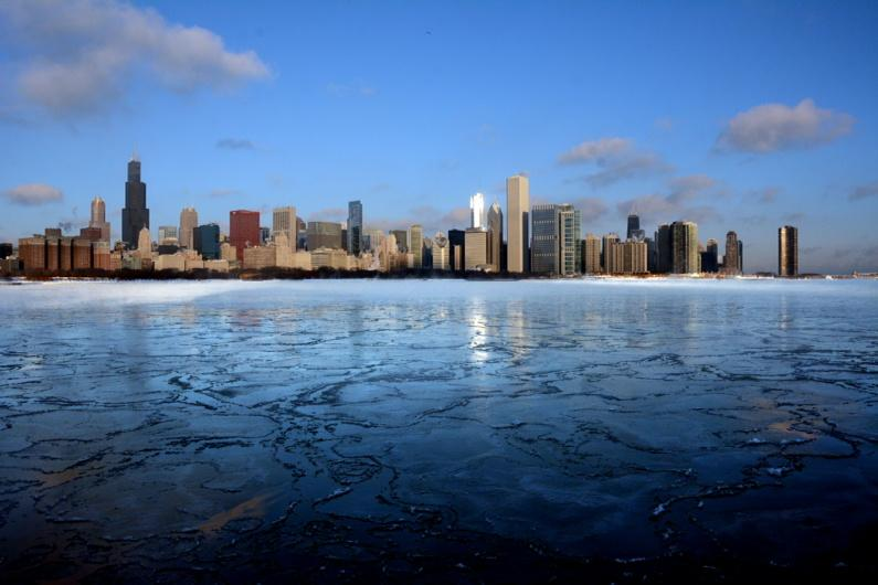 It's a beautifully COLD day in Chicago. #Chicagoland #snowcoming http://t.co/S74hLFrp1Y