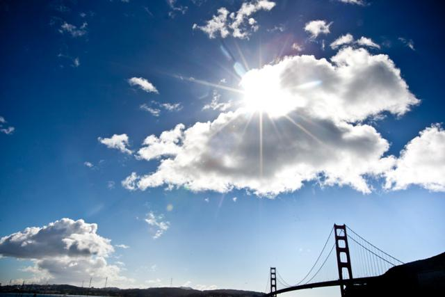 On this day in 1933, construction of the Golden Gate Bridge began! It opened to vehicle traffic 1,604 days later. http://t.co/Sj3dYpfDPM