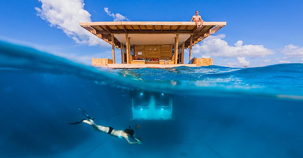 Is this place FOR REAL? Check out this floating underwater hotel room: http://t.co/EXg0pAmho4 http://t.co/y7wrFHjO7N