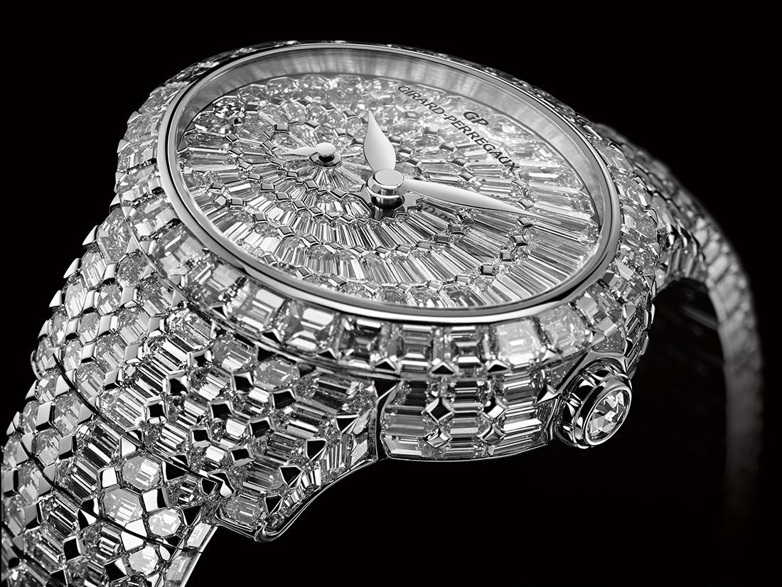 Shine bright with the Cat's Eye High Jewelry #watches #diamonds #jewels http://t.co/IXajpnsyUt
