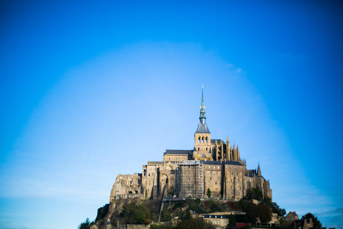 Une jolie vue sur le Mont Saint Michel :) /cc @Normandie http://t.co/QJ5VF4qy8f