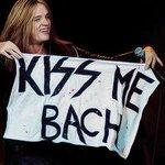 RT @Isaiah46__4: KISS! cc @sebastianbach http://t.co/fh4aZJVlnI