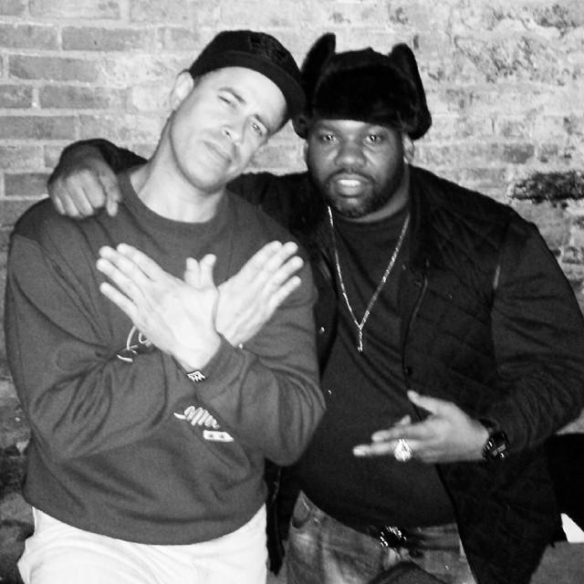 @Raekwon I've always found you to be 100% #humble . Other #MCs need to take notes on how to be in public. http://t.co/74d6BYsc7f