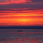 Freighter on Lake Superior at sunrise this morning as seen from #Duluth hillside http://t.co/zrISoDhlh4