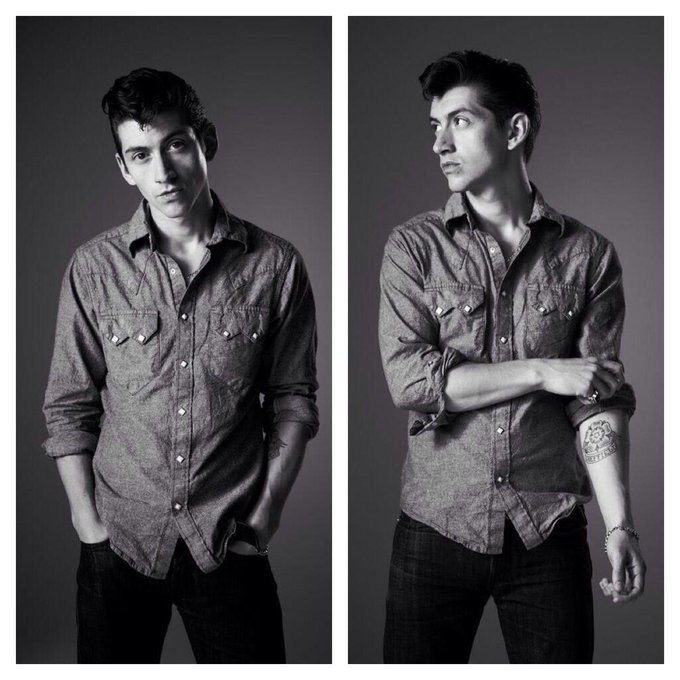 Happy birthday to Alex Turner, the amazingly talented, utterly cool and extremely attractive man I love so so much