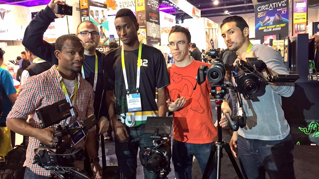 Got rig? @MKBHD @UrAvgConsumer @austinnotduncan @UnboxTherapy @tldtoday http://t.co/4eO3Lc4Gd9