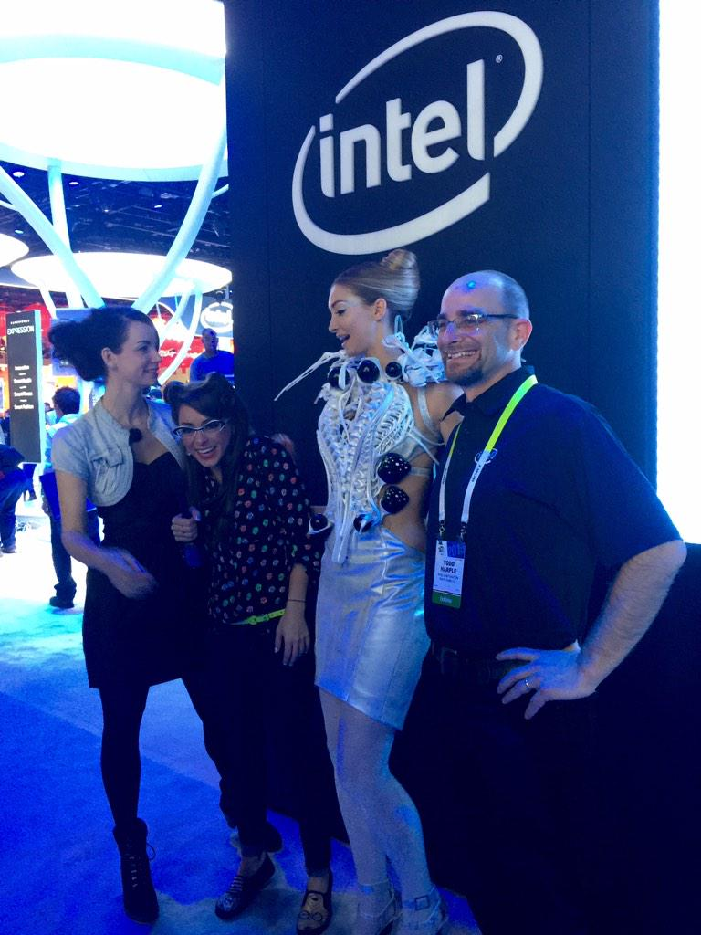 RT @KatieLinendoll: . @intel 3D printed spider dress lashes out if someone gets too close to you! Stay tuned to my @PopSci reports #CES http://t.co/kF6O0i1Z5G