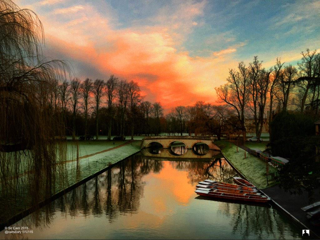 Sunrise in Cambridge, 7 Jan 2015. http://t.co/b8jWmEuTO0