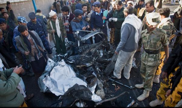 Un attentat fait 33 morts au Yémen http://t.co/wUhPybxJhR http://t.co/zWEZkFXEcB