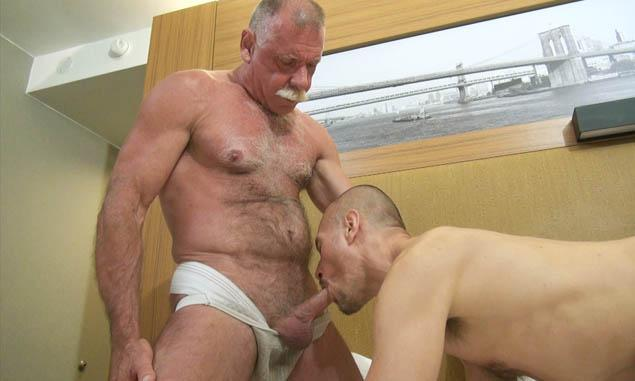 Oldermen Nude 28