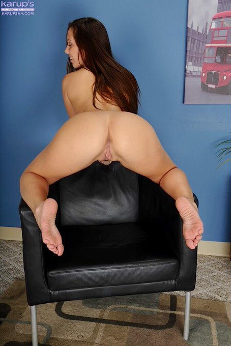 Who is your #WCW? #HumpDay #AssWednesday #JennaSativa http://t.co/NsEYyPDSAq