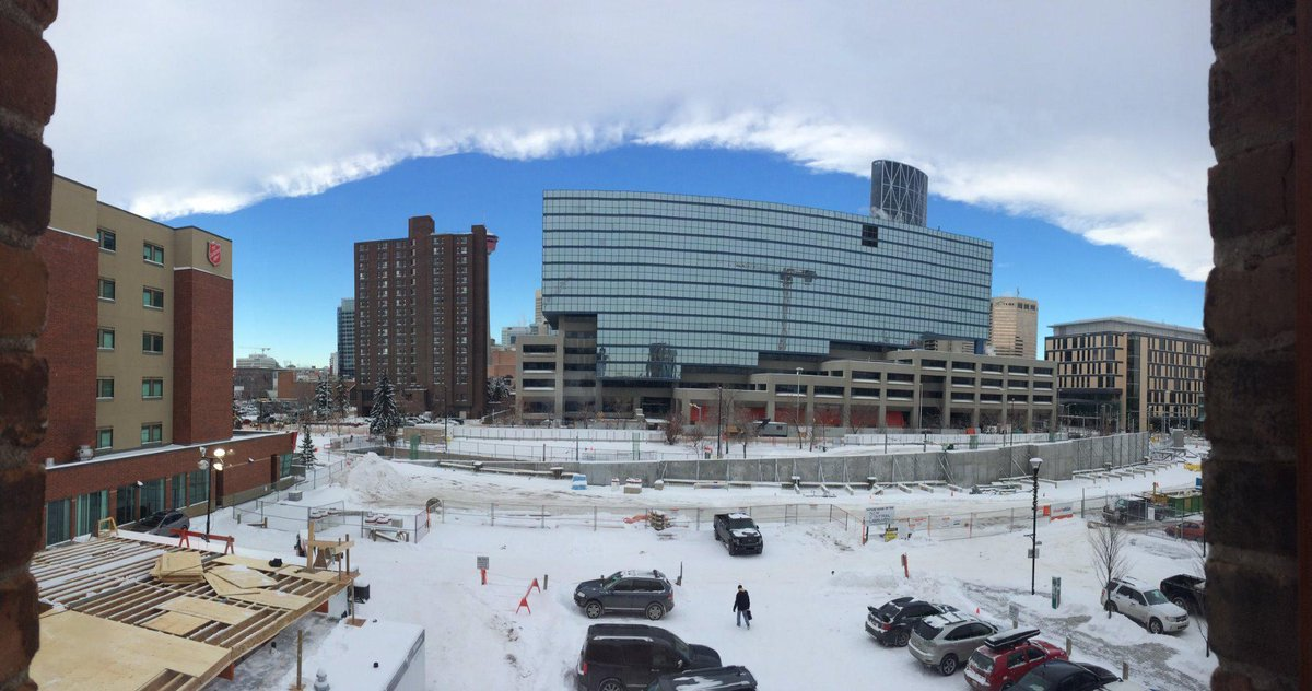 Chinook arch over the #NCL site today. @snohetta has cited the phenomenon as an inspiration for the library's design. http://t.co/8GngNQDKEF