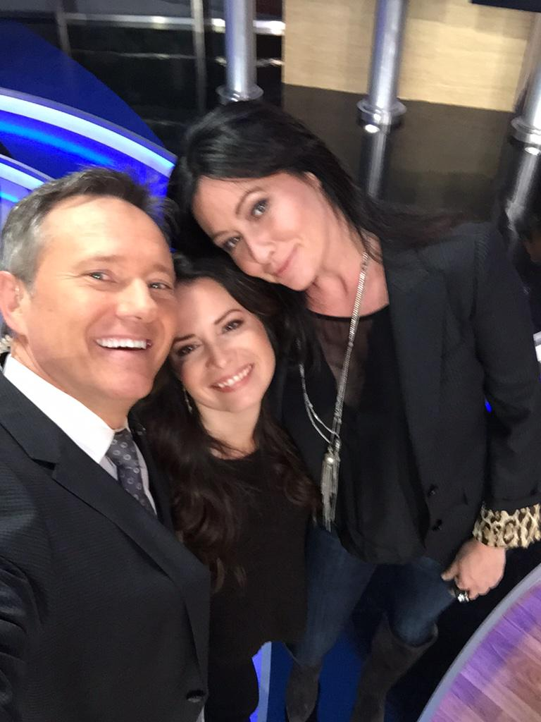Loved having @dohertyshannen & @H_Combs today @Studio11LA ! #OffTheMap w Shannen&Holly @myfoxla http://t.co/vPcAqlMuh8