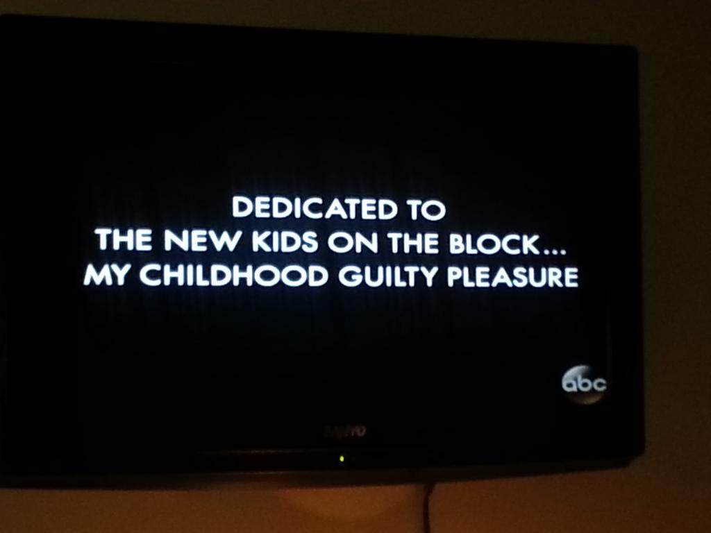 @donniewahlberg @joeymcintyre @jonathanrknight @jordanknight @dannywood #Goldbergs  ♡ #blockheads http://t.co/yeOvQYQ0jl